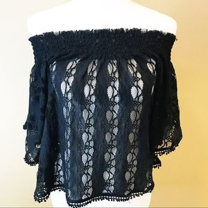 Abercrombie & Fitch Off The Shoulders Lace Top S